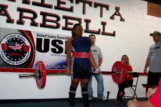 Jacklyn Parks 2011 USPA Meet. Deadlifting 308 lbs.